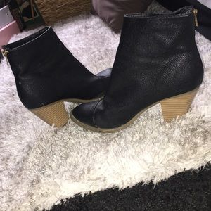 Shoes - Black Zip up Leather Booties!!!